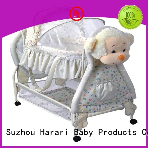durable baby bassinet customized for new moms and dads